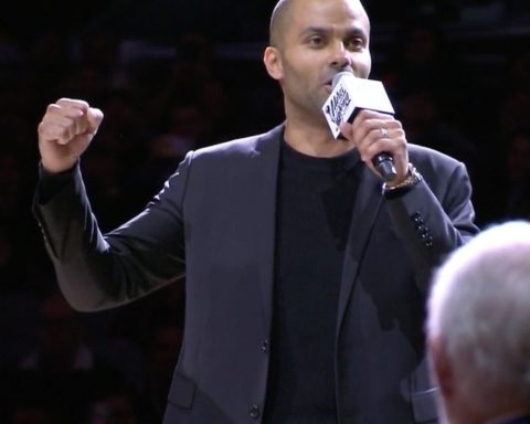"""For one last time, """"GO SPURS GO!"""" ..."""