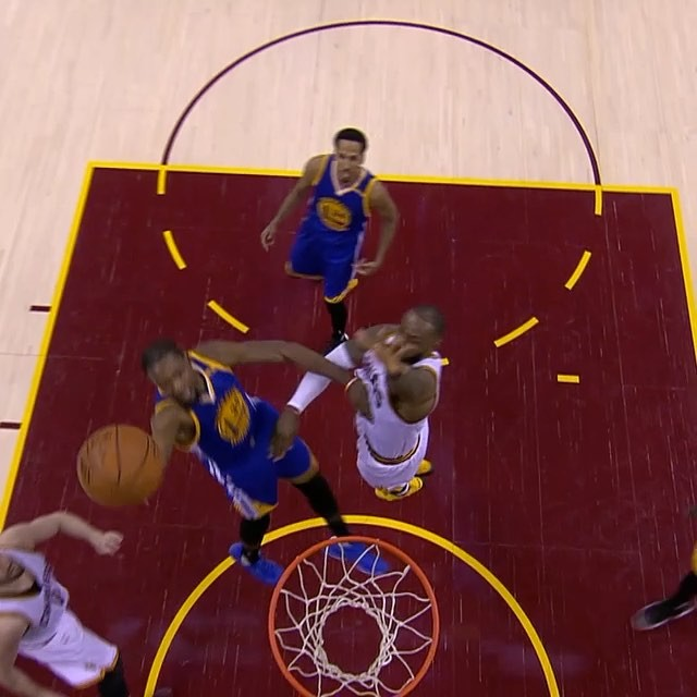 Kevin Durant euro-steps to the basket for the  Flow Smooth Finish of the Week!...