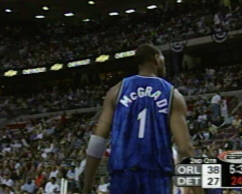To celebrate T-Mac's 41st Birthday... we flashback to his back-to-back scoring t...