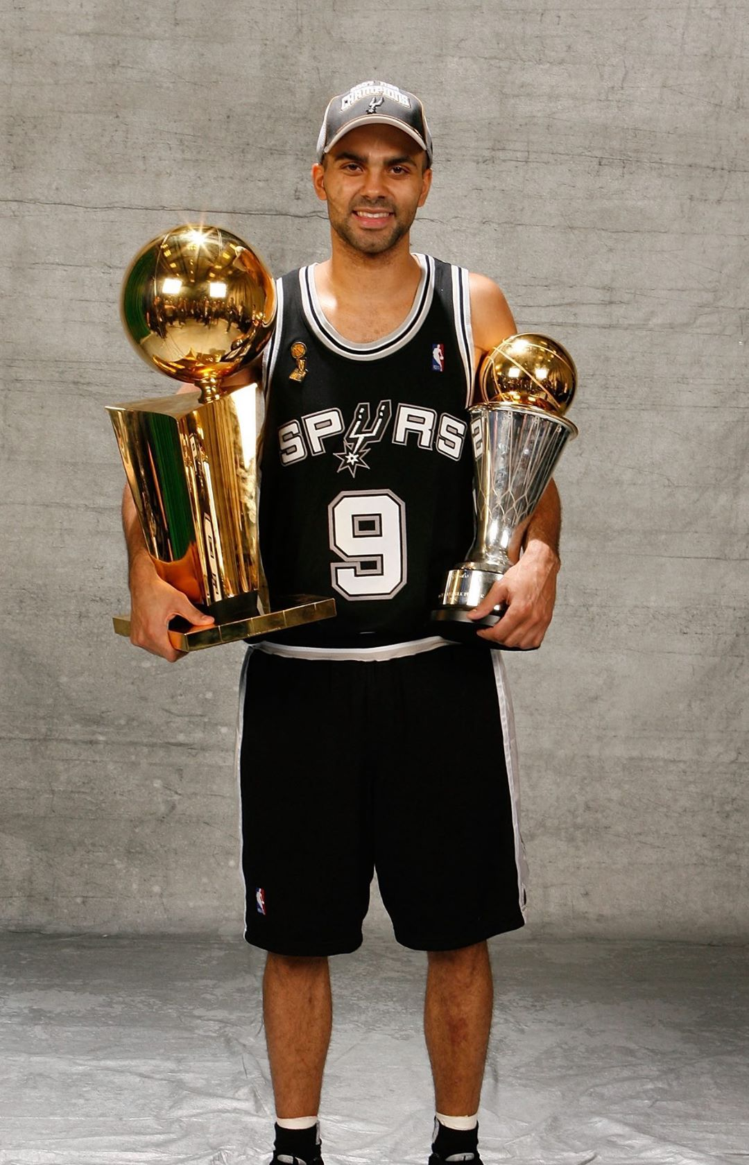 as his  goes to the rafters in San Antonio tonight!...
