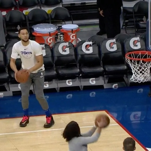gets loose for  action (7:00pm/et) as the  look to remain perfect at home!...