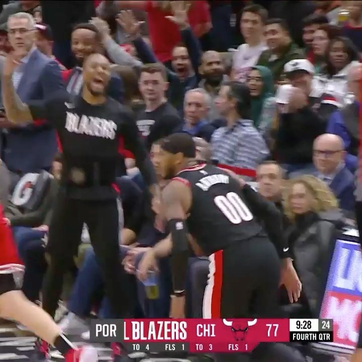 puts up 25 to lead  to victory in Chicago!...