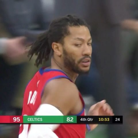 puts up his seventh straight game with 20+ for the  with 22 on 11/13 FG!...