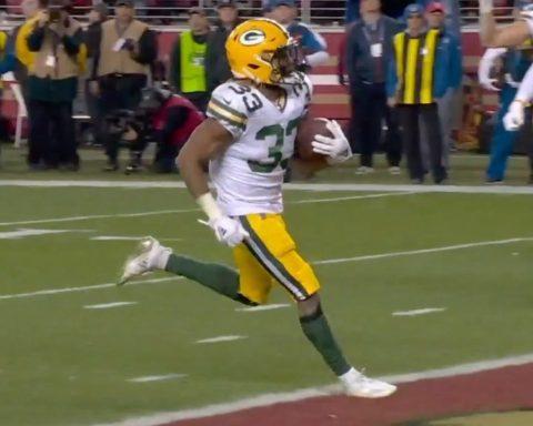 Aaron  Aaron.  get on the board. - :  on FOX : NFL app // Yahoo Sports app...