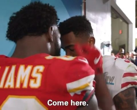Damien Williams sought out Raheem Mostert in the tunnel after the Super Bowl. Al...