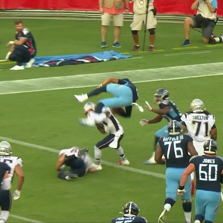 Mariota going ALL OUT.  ...