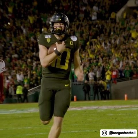 Sit back and watch  put on a show  (via  - : 2020  QBs, WRs and TEs at 4pm ET on...
