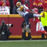 The footwork by   Touchdown  - :  on CBS : NFL app // Yahoo Sports app...