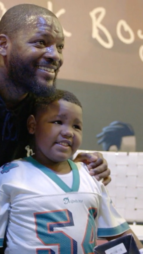 "and special guests came together in Miami to read Bennett's children's book, ""D..."